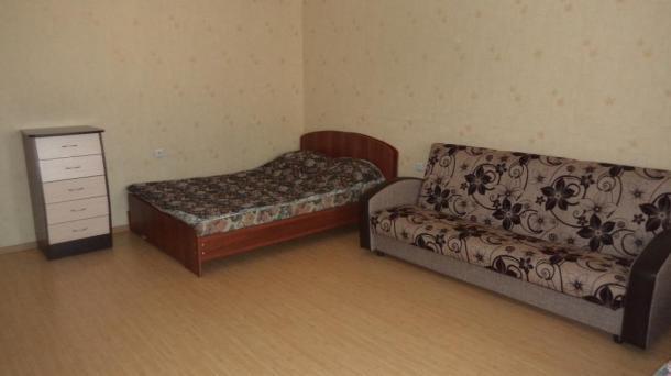 1к. квартира - ул. Комсомольская 8 - посуточно в Кирове