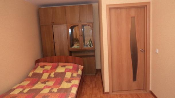 1-комнатная квартира Ленина 114б - посуточно в Кирове