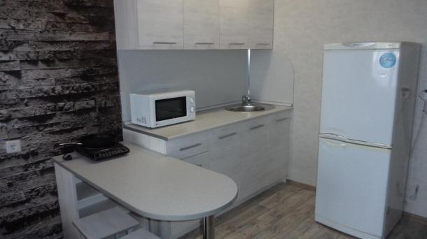 1-комнатная квартира ул. Азина 17 - посуточно в Кирове