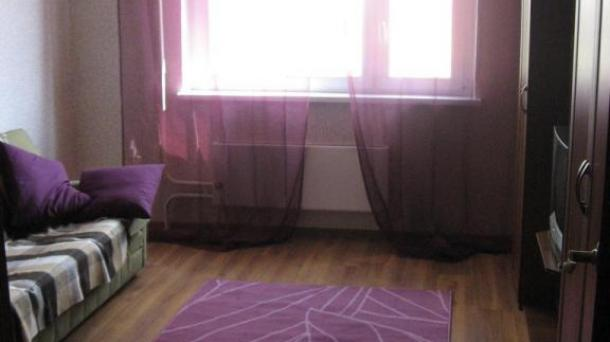 1-комнатная квартира Урицкого 48 - на сутки, часы в Кирове